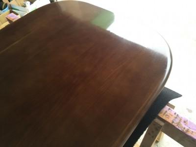 ダイニングテーブル天板の白ボケ直し(研磨)