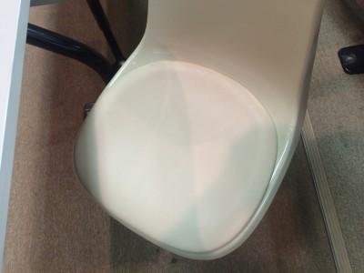 セミナー会場椅子(イス)の張替え