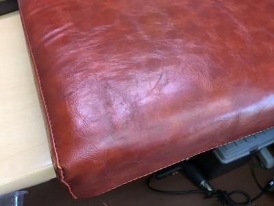 美容室椅子の座面クッション塗り替え
