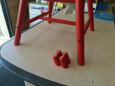 IKEAスツールの脚カット